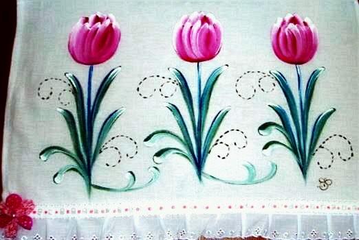 pintura em tecido pano de prato tulipas