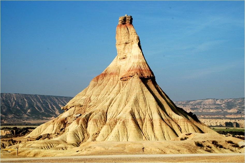 Rocas con formas extrañas y extraordinarias – Rincón Abstracto