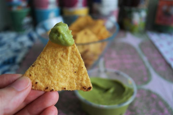 nachot ja guacamole