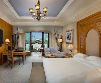 kamar hotel emirates palace