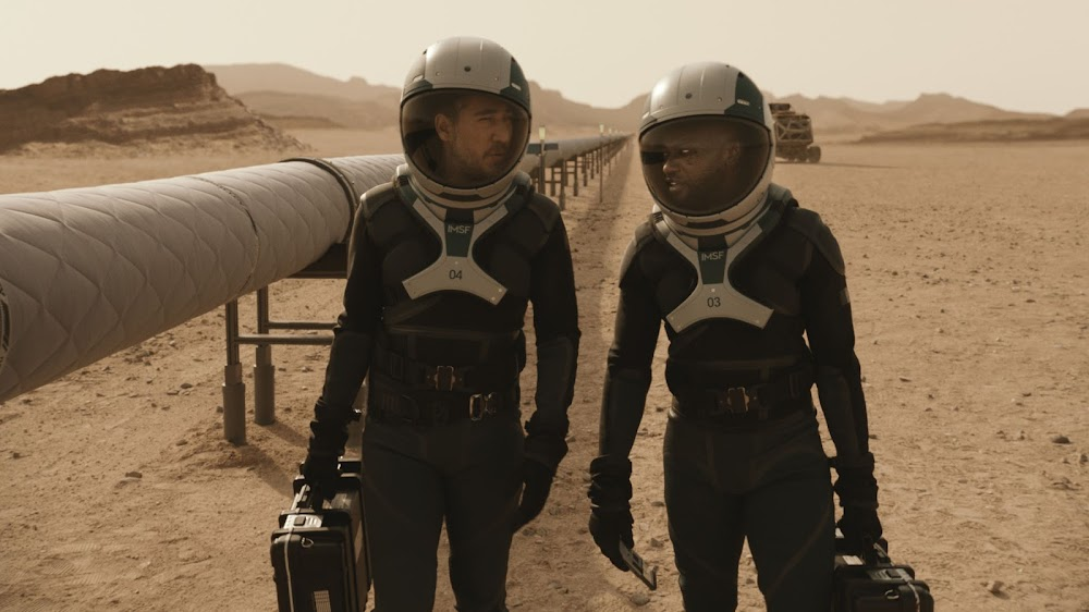 National Geographic 'Mars' TV series - season 2 (s02) - astronauts inspecting pipeline