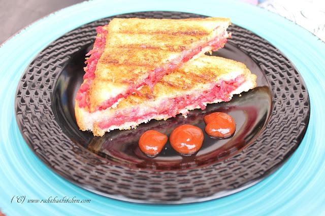 radish,carrot,beetroot sandwich