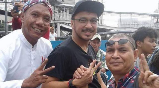 Viral Foto Bareng Iwan Bopeng, Alasan Giring Nidji Dinilai Tak Logis