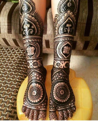 Pair ki mehndi ke design