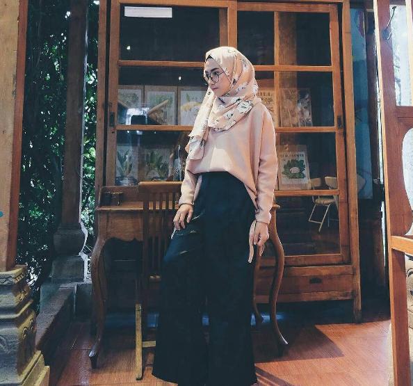 foto model hijab modis