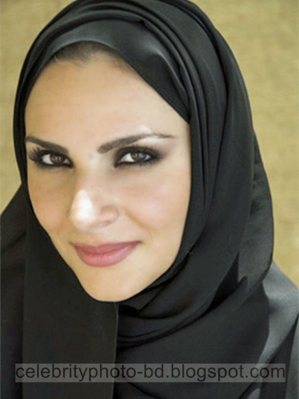 Modern Iranian Latest Fashionable Hot And Sexy Girls Photos In Stylish Hijab