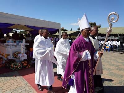 Askofu Afunguka Kuhusu Kifo cha Mapacha Maria na Consolata