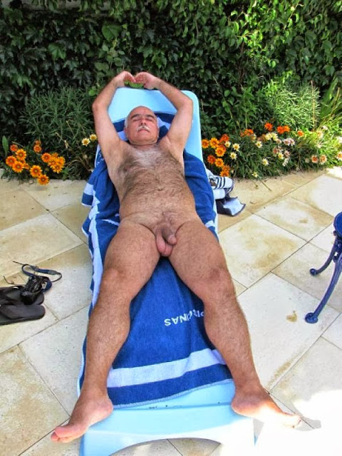 older naked men - hairy sexy older - hairy mature gay - silverdaddies bears