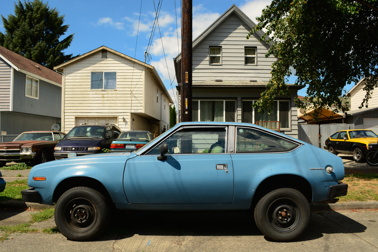 OLD PARKED CARS.: 1982 AMC Eagle Hatchback