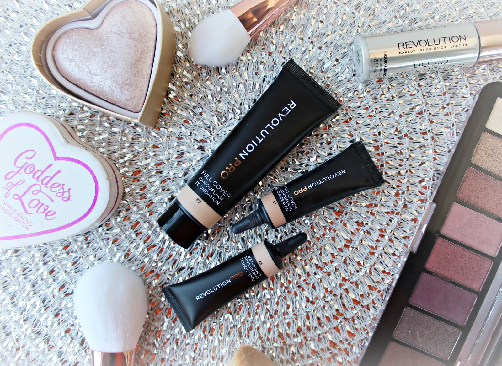 podkład makeup revolution