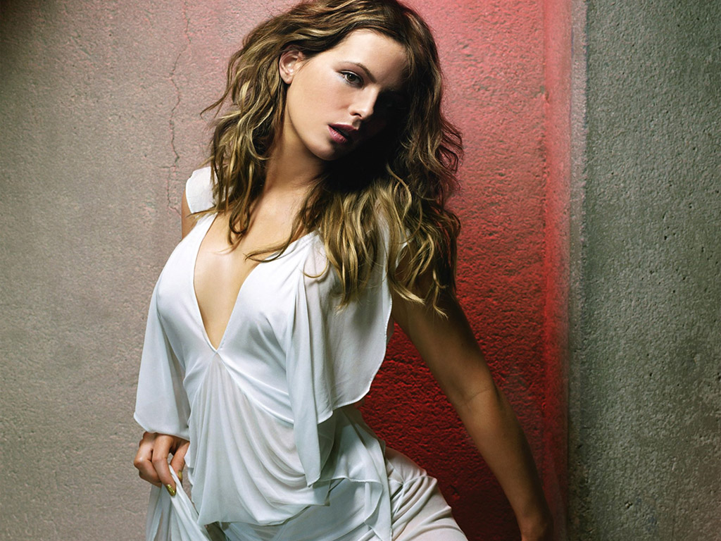 Long time kate beckinsale hot photos think, that