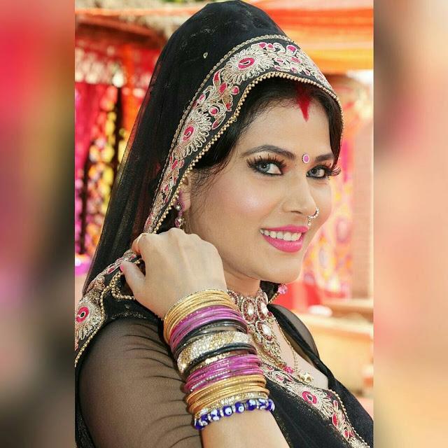 Bhojpuri Actress Seema Singh Hot & Bold Dance Videos