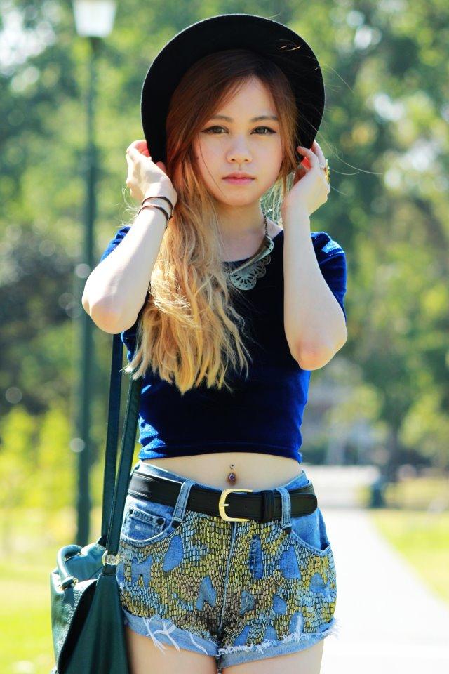 Mermaid Messy Page: Inspiration Style - Chloe Ting  Mermaid Messy P...