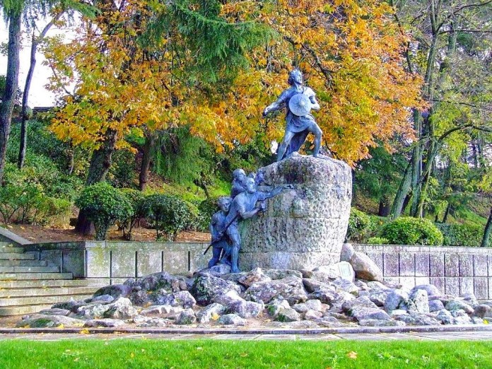 Estatua_Viriato_Viseu.jpg