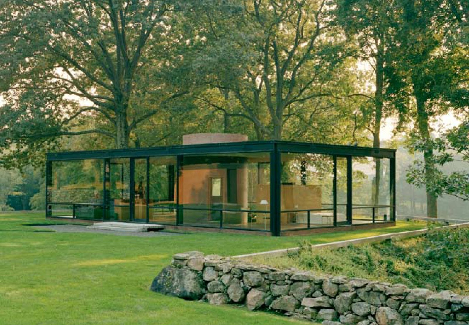 5 ws of design 5ws of philip johnson s glass house. Black Bedroom Furniture Sets. Home Design Ideas