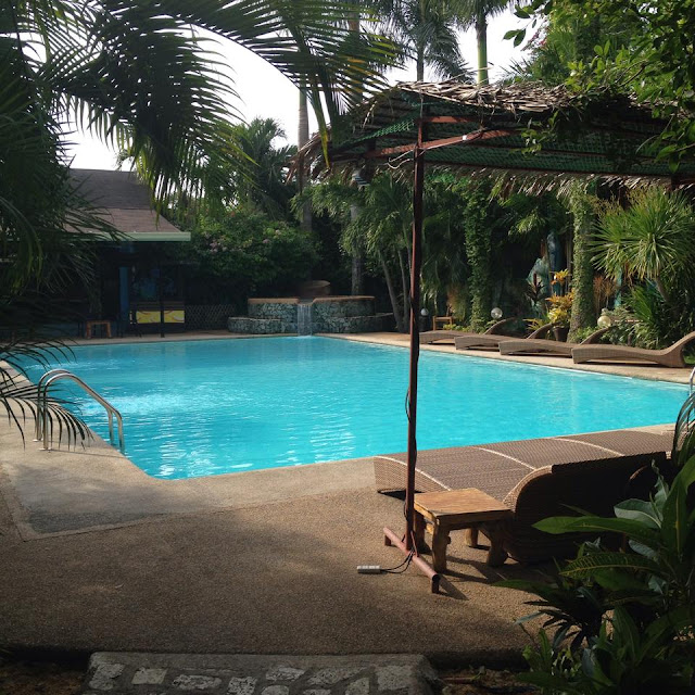 swimming pool at Alta Cebu Resort