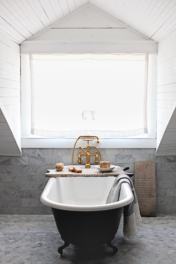 Dreamy Whites: Master Bathroom Makeover with Unlacquered Brass Rohl ...