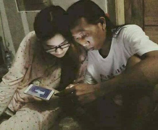Foto Mesra Nella Kharisma Dengan Pria