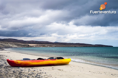 Photos of a kayak on Lobos Island, Fuerteventura