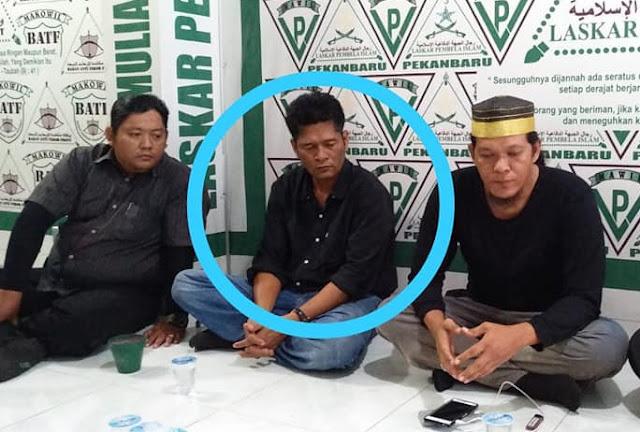 Polda Riau tak Menahan Jony Boyok yang Menghina UAS di Facebook