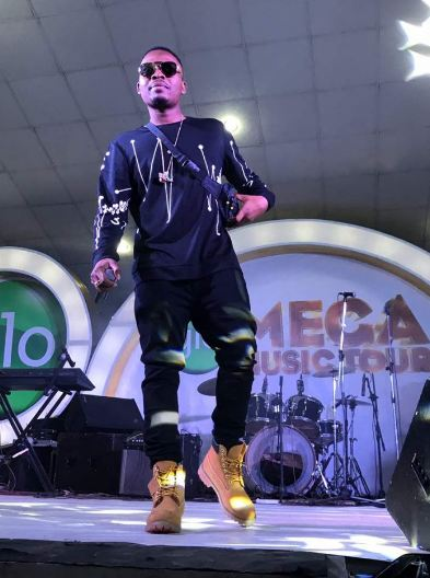 Olamide And Phyno Perform Together At Glo Mega Music Tour Suleja (Photos)
