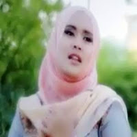 Lirik Lagu Minang Fitri Asta - Seso Di Rantau