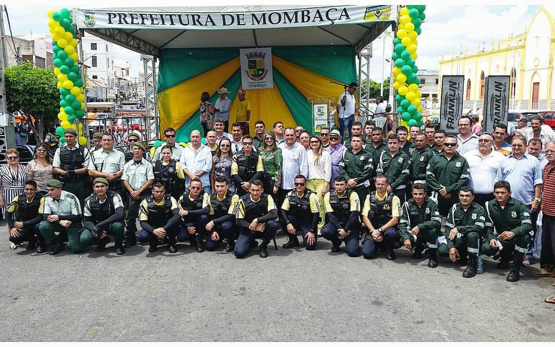 Demutran e Guarda Civil Municipal tomam posse em Mombaça 7ba64aec37