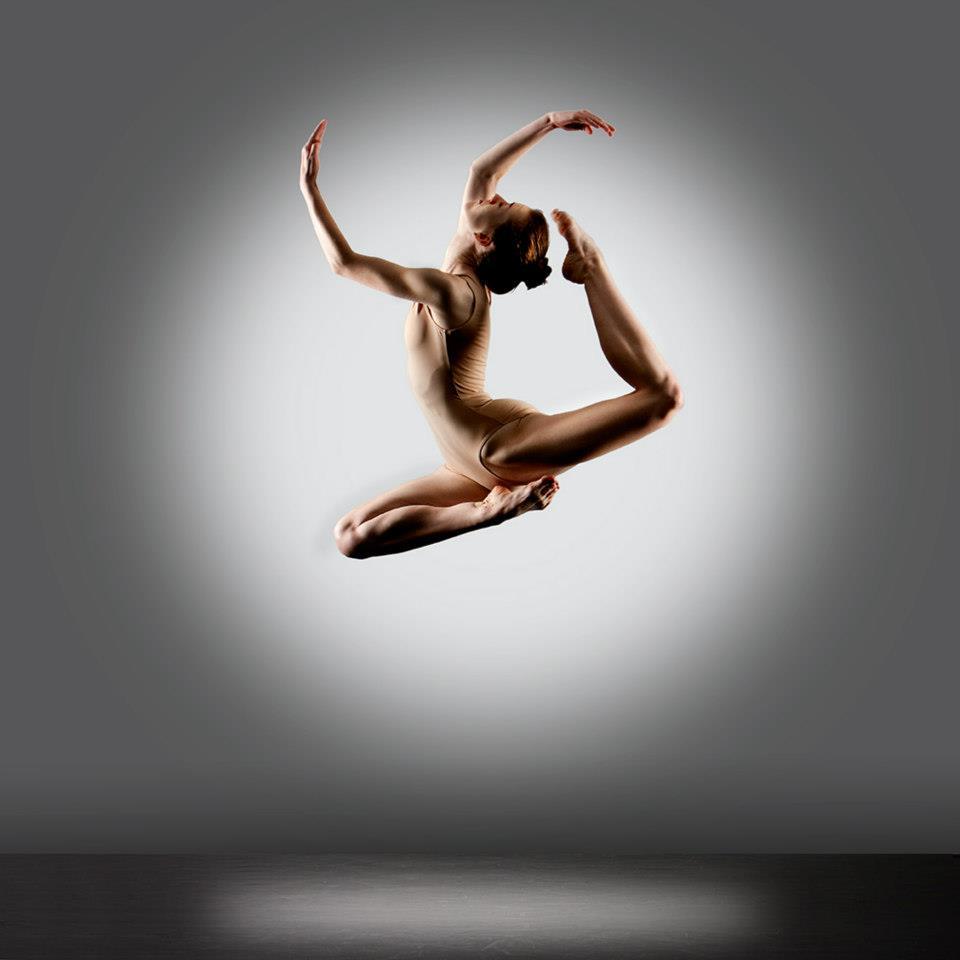 Nude Simone Heng Nude Images