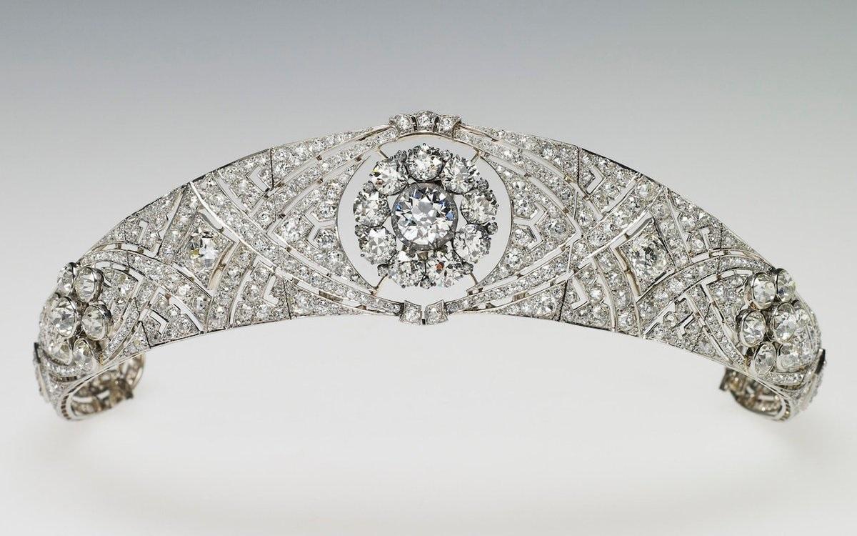 the royal order of sartorial splendor tiara thursday on