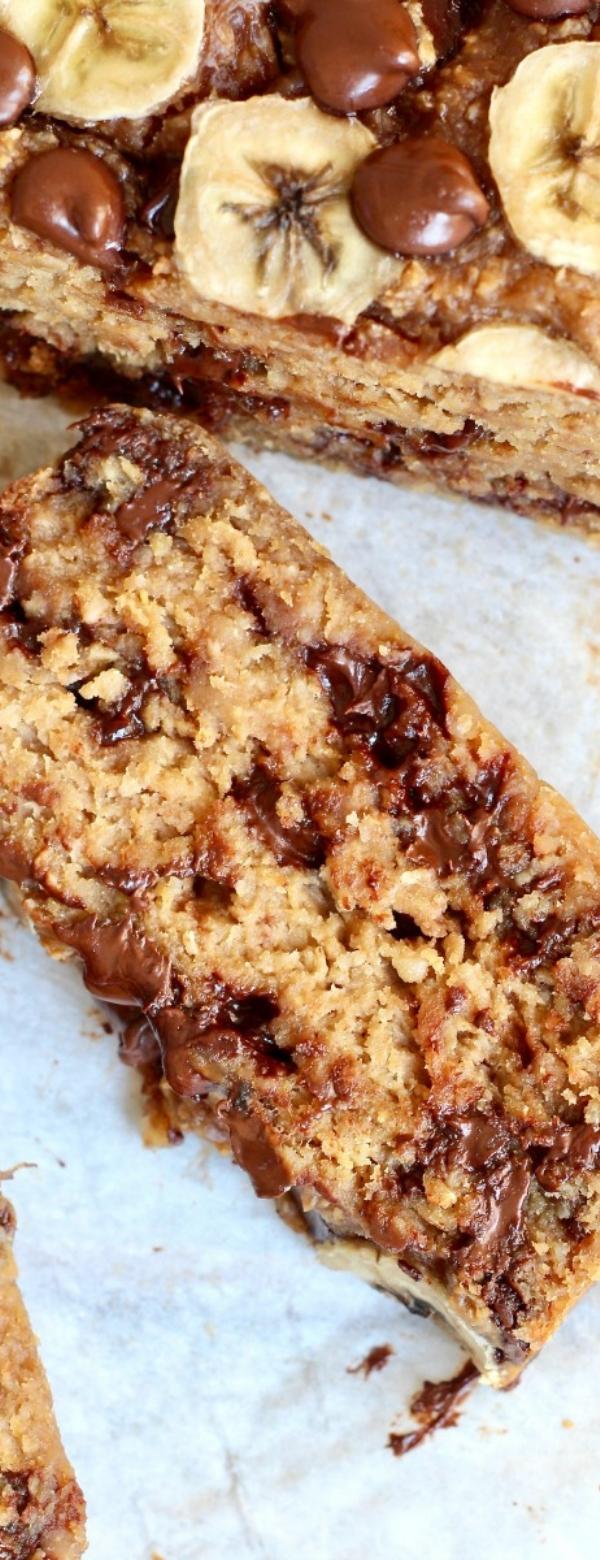 4-INGREDIENT FLOURLESS CHOCOLATE CHIP BANANA BREAD #CHOCOLATE #CHOCOCIP #DESSERT