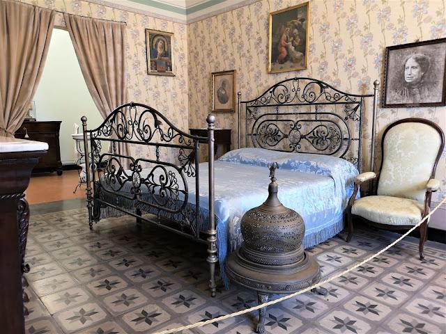 Camera da letto dei genitori di Gabriele D'Annunzio