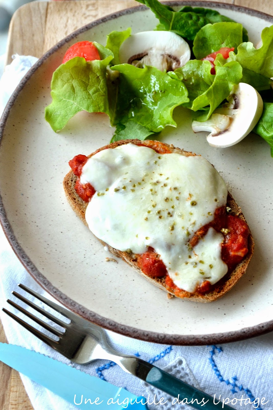 tartine tomate fromage
