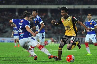 Back Four Kelantan Gagal