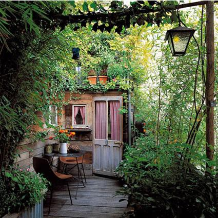 Velvet Moss: Cozy Garden or Ocean View??