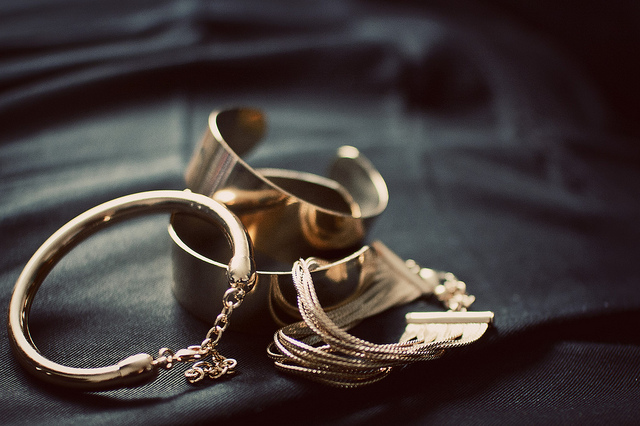 Salvage Old Jewellery