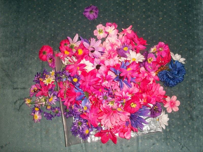 Faux flower heads