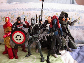 Marvel Legends wave 3 Epic Heroes Dr Doom Future Foundation Iron Man Neo classic armor Avengers Deadpool X-Force Mutants X-men Mystique Moonstone Punisher Blade Knights USAgent Force Works Freedom Force
