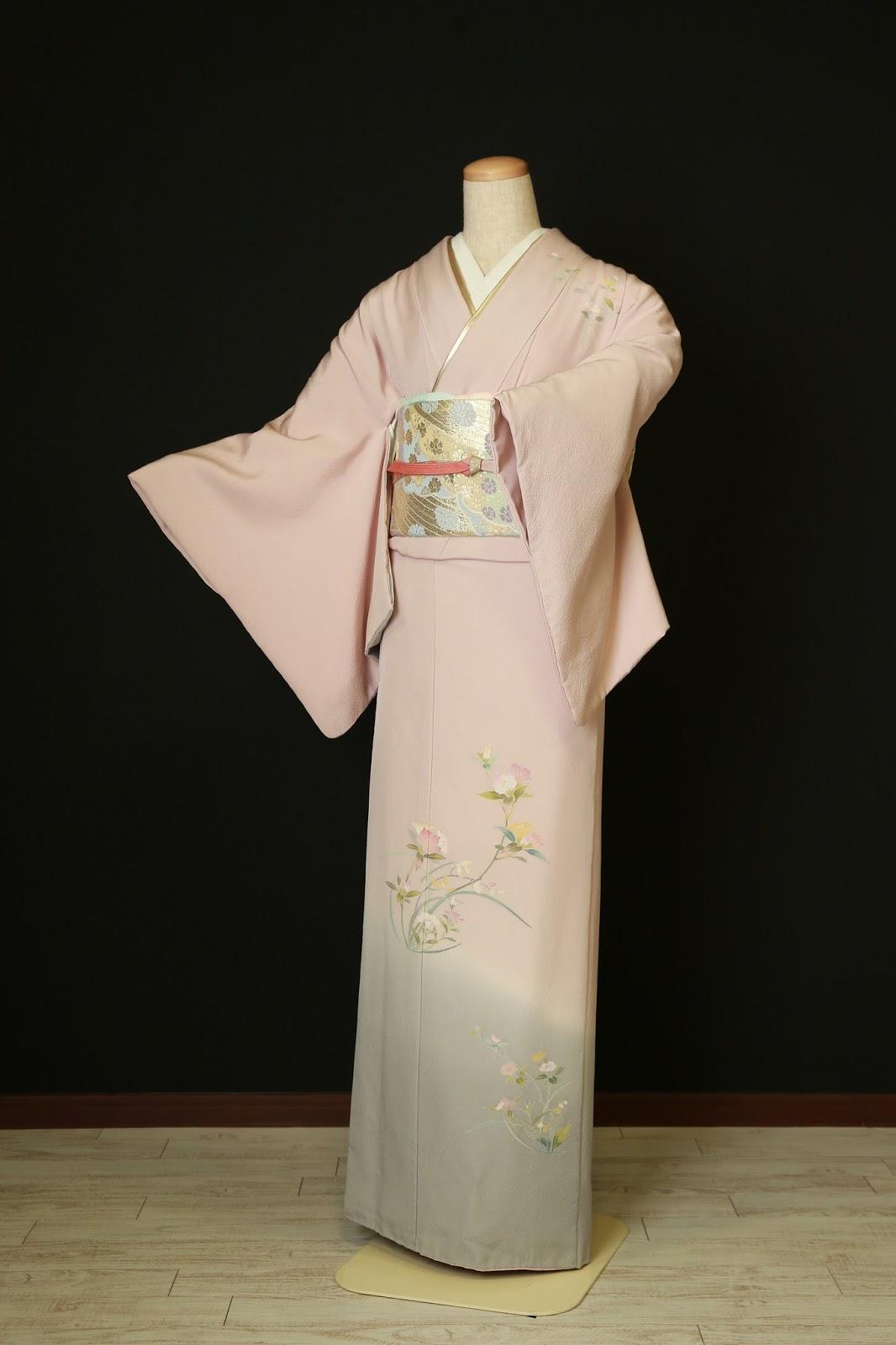 衣装カタログ   スタジオパセラ横浜関内店   SH-006薄紫正絹 着丈162cm/裄68cm※帯・小物類はイメージの為、写真とは別の物になる場合があります。