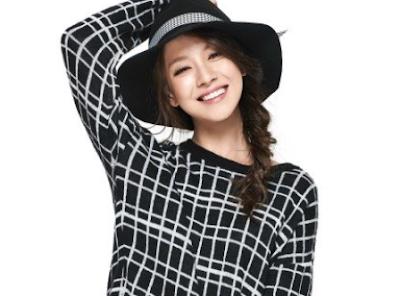 Gaya Rambut Kepang Ala Song Ji Hyo