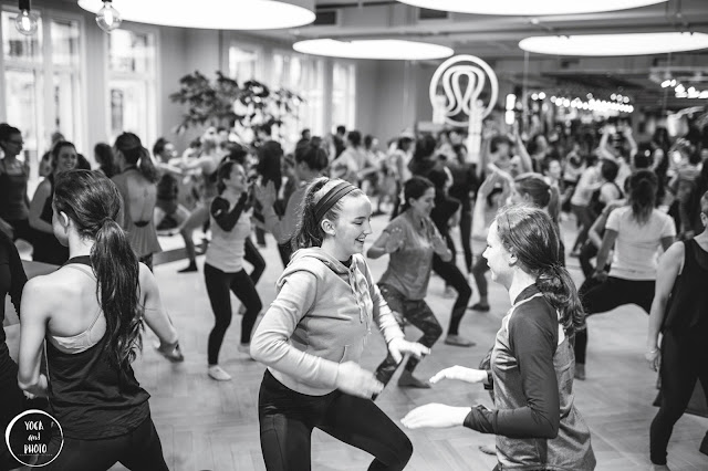 acro yoga at lululemon athletica uk