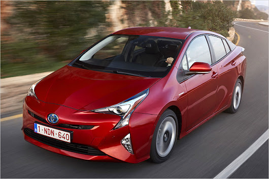 Toyota Prius IV in Test - All About Automotive