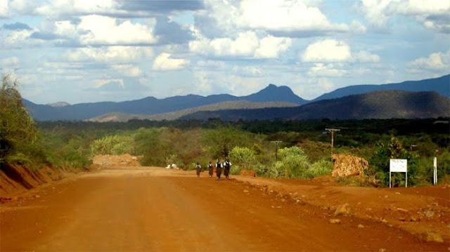 luoghi-libri-Kenya-con-la-mia-valigia-gialla-Stefania-Bergo