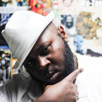 Rapper Diogo Namaha deixa de andar após colocar prótese contaminada em hospital de SP