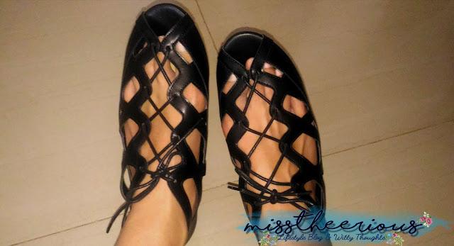 black sandals primadonna