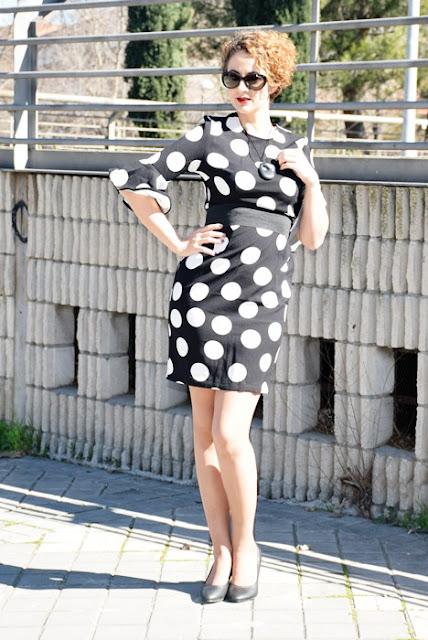 Outfit-Vestido-lunares-volantes-flamenca-3