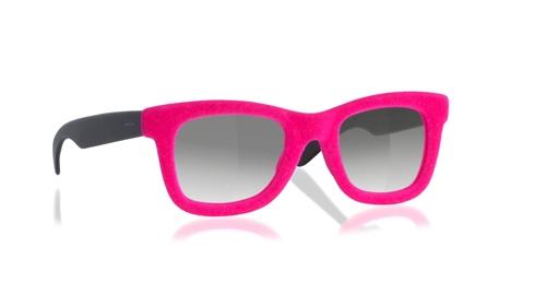 De brillen en zonnebrillen van Italia Independent in vrolijke kleuren die  heel goed bij de zomer passen. in korte tijd is ITALIA INDEPENDENT het  leukste ... cc7e2189d7ce