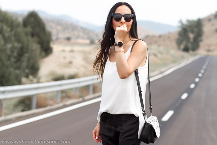 Influencer de Moda Urbana Femenina de España  Looks Blanco Negro Complementos