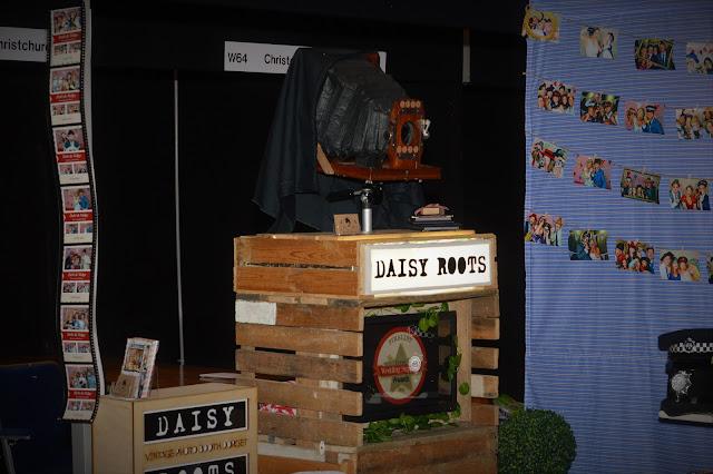 01 - BIC Wedding Fair - Daisy Roots - Vintage Photo Booth Dorset