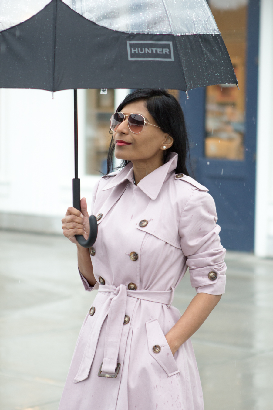 trench, trench coat, rain coat, spring topper, easy chic, preppy chic, blush coat, blush sandals, red lips, hunter, mommy style, mom style, petite fashion, boston, indian blogger