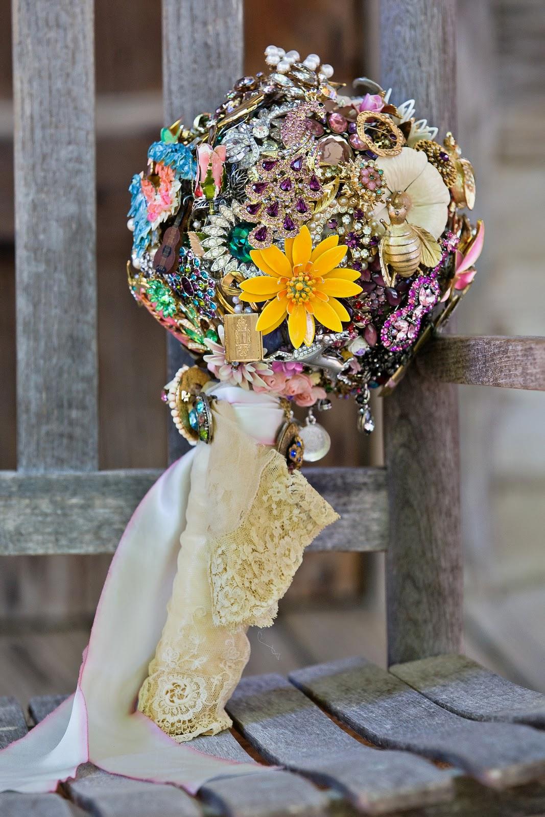 Miranda Lambert Brooch Bouquet {Post 2}